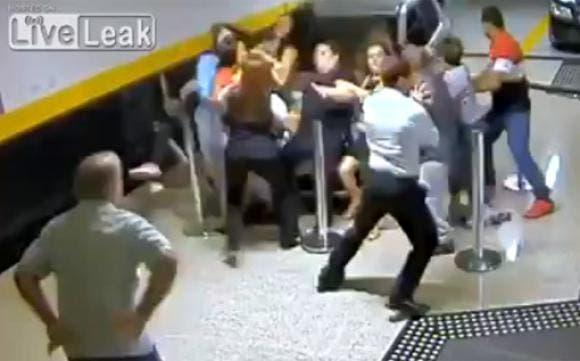 YouTube: conductora arrolla mortalmente a un grupo de fieles en Brasil