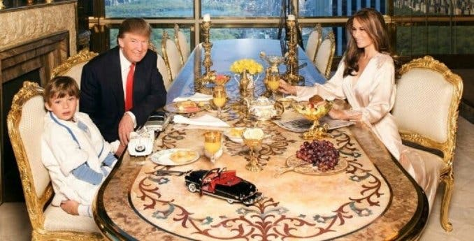 La inquietante foto de Trump con su familia que se hizo viral
