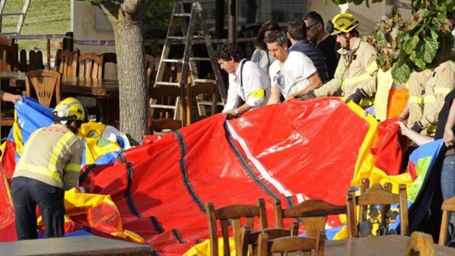 Niña muere en España por explosión de castillo inflable