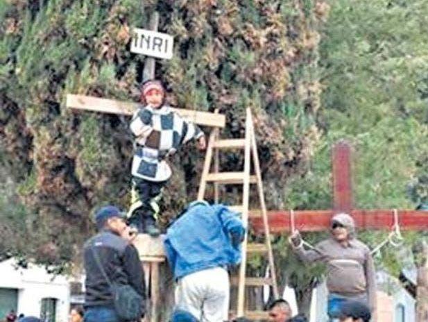 El Ministerio de Educación de Jujuy repudió crucifixiones