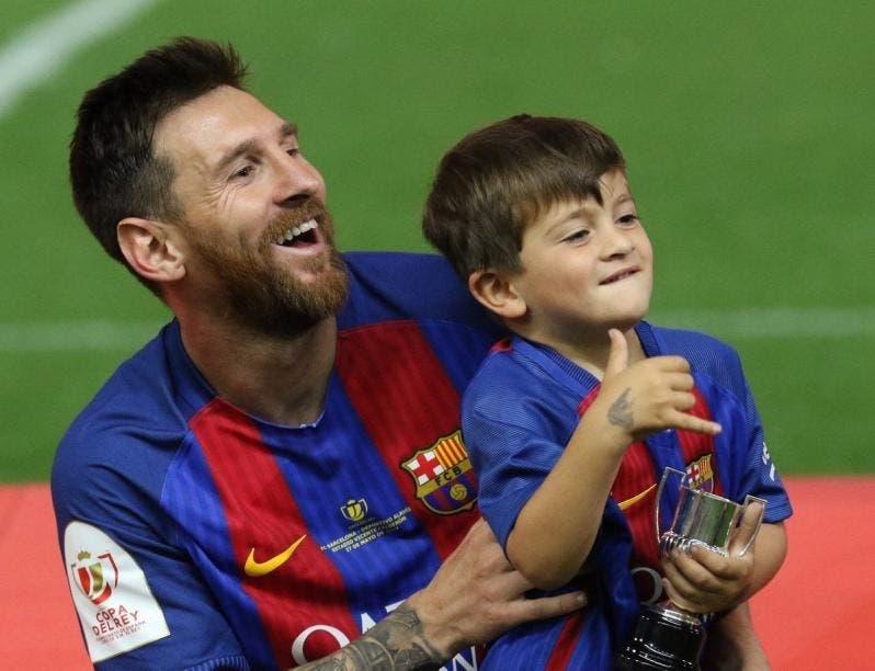 Messi ha renovado con el Barcelona
