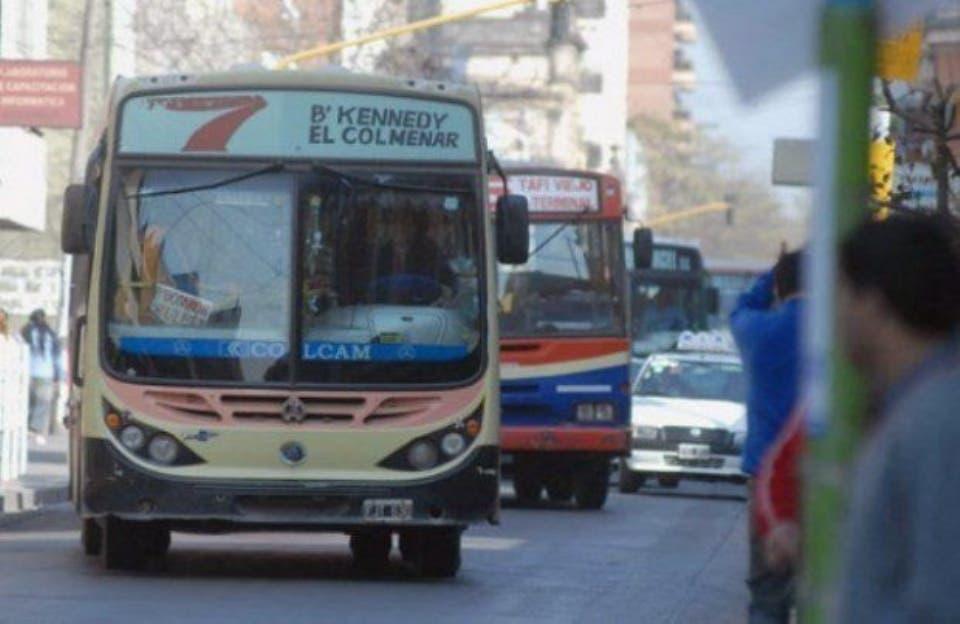 Argentina: Habrá paro de colectivos este lunes en Tucumán
