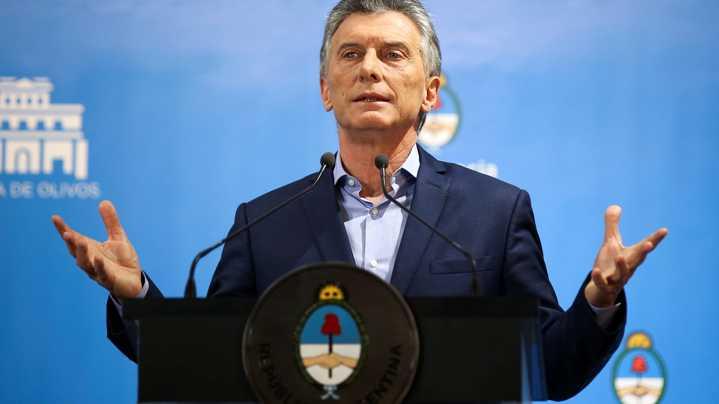 Macri se reunirá con Schiaretti y volará sobre Mar Chiquita