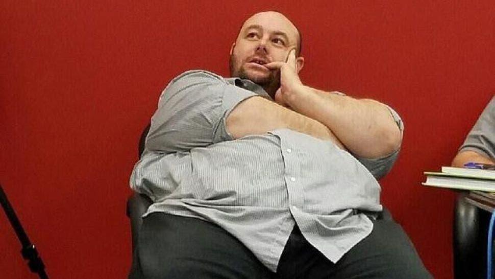 Lo abandonan por ser obeso y no poder tener sexo; pierde 101 kg