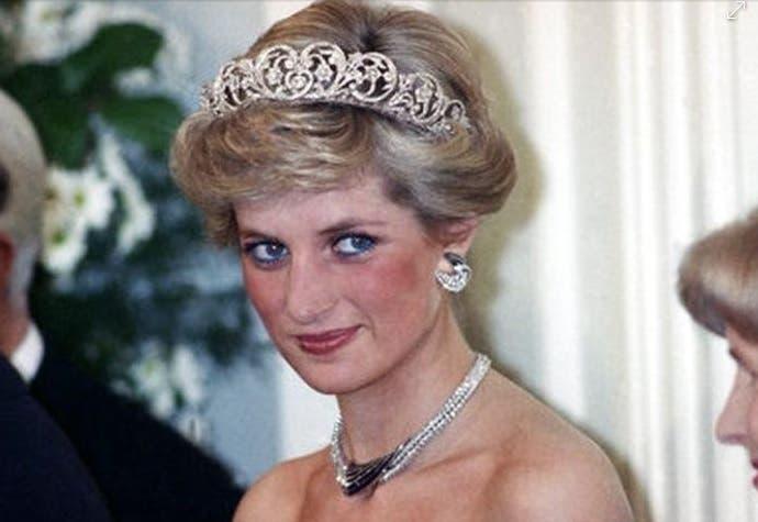 ¡Escándalo! Familia de Kate Middleton insulta la memoria de Lady Di