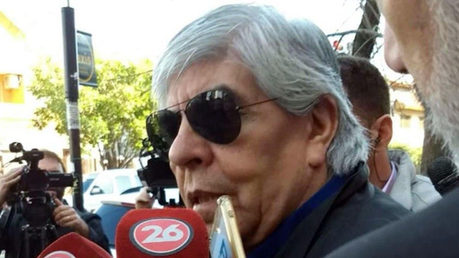 Moyano pidió reabrir las paritarias y no descartó un nuevo paro