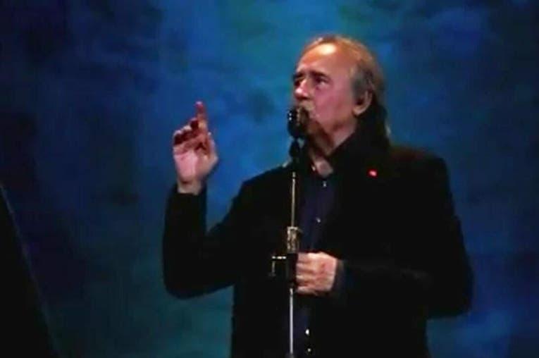 Serrat se encara con un fan que le recrimina que cante en castellano