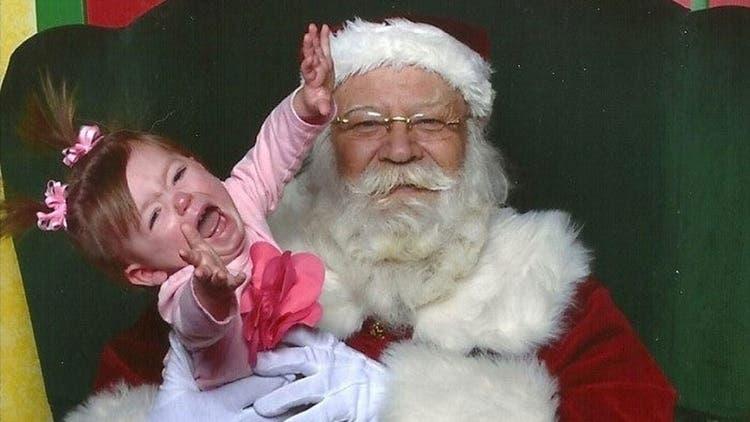 Echaron a una docente por revelar la verdad sobre Papá Noel