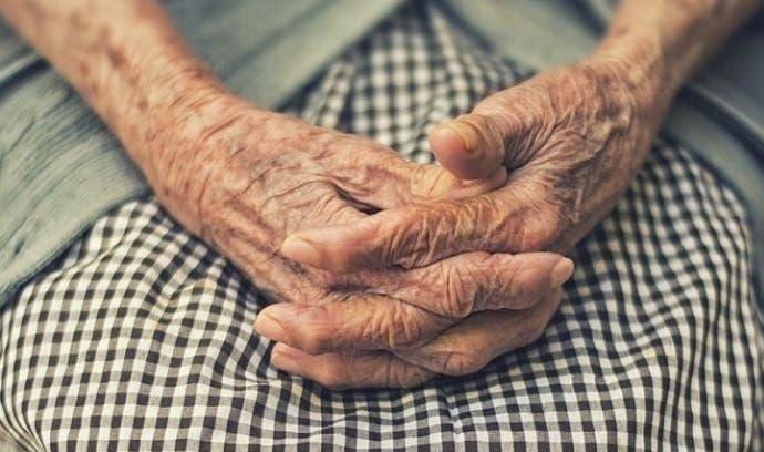 Depravado violó, golpeó y empaló a abuela de 93 años
