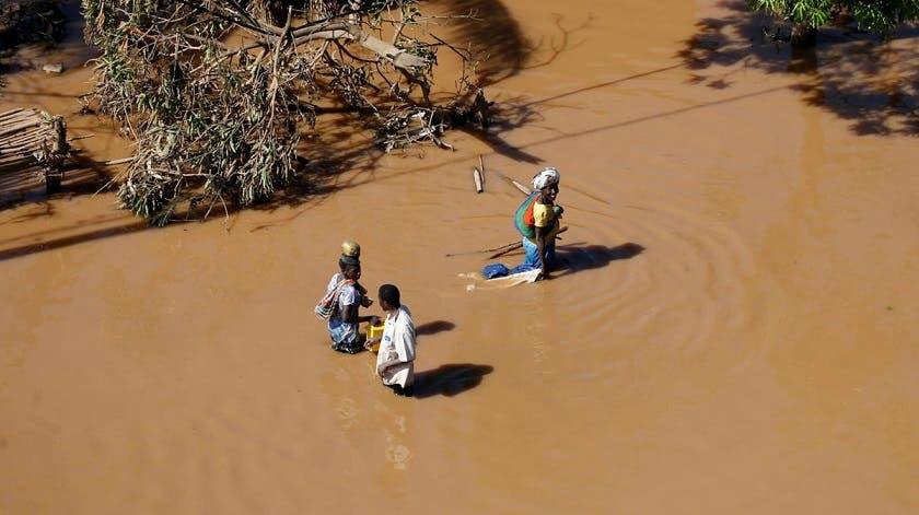 Intensifican ayuda en zonas devastadas por ciclón en África