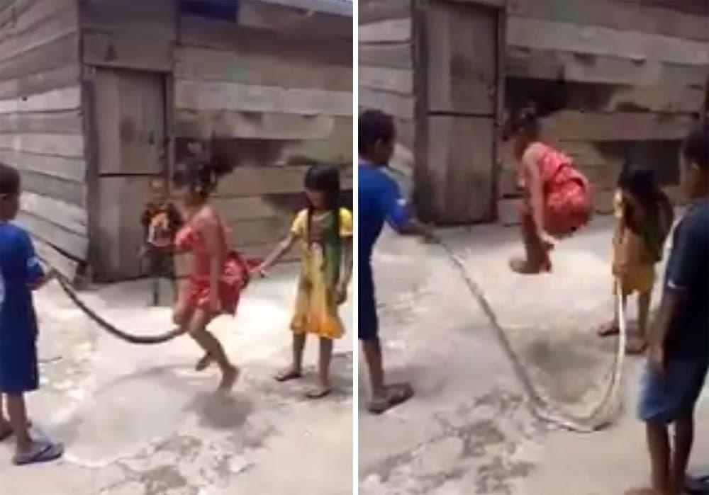 Niños juegan a