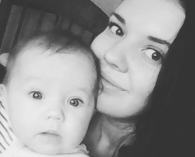MUNDO: Mujer abandonó a su hija por irse una semana de fiesta
