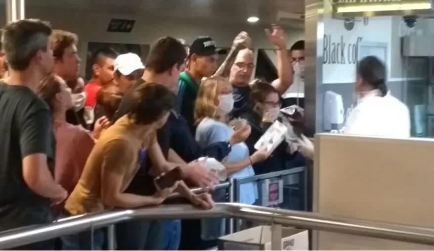 Buenos Aires: nueve pasajeros de Buquebus fueron derivados a centros de salud