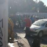 Terrible accidente en Juan José Paso y Santiago: un automovilista atropelló a un recolector de residuos