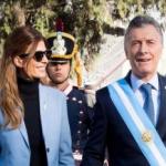 Juliana Awada en Tucumán: un look austero pero que es tendencia