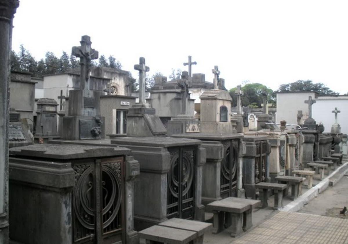 A partir de esta semana habilitarían el ingreso a los cementerios en Tucumán  | Contexto Tucumán